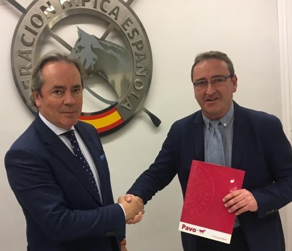 Renovación del acuerdo de colaboración entre Pavo y la RFHE