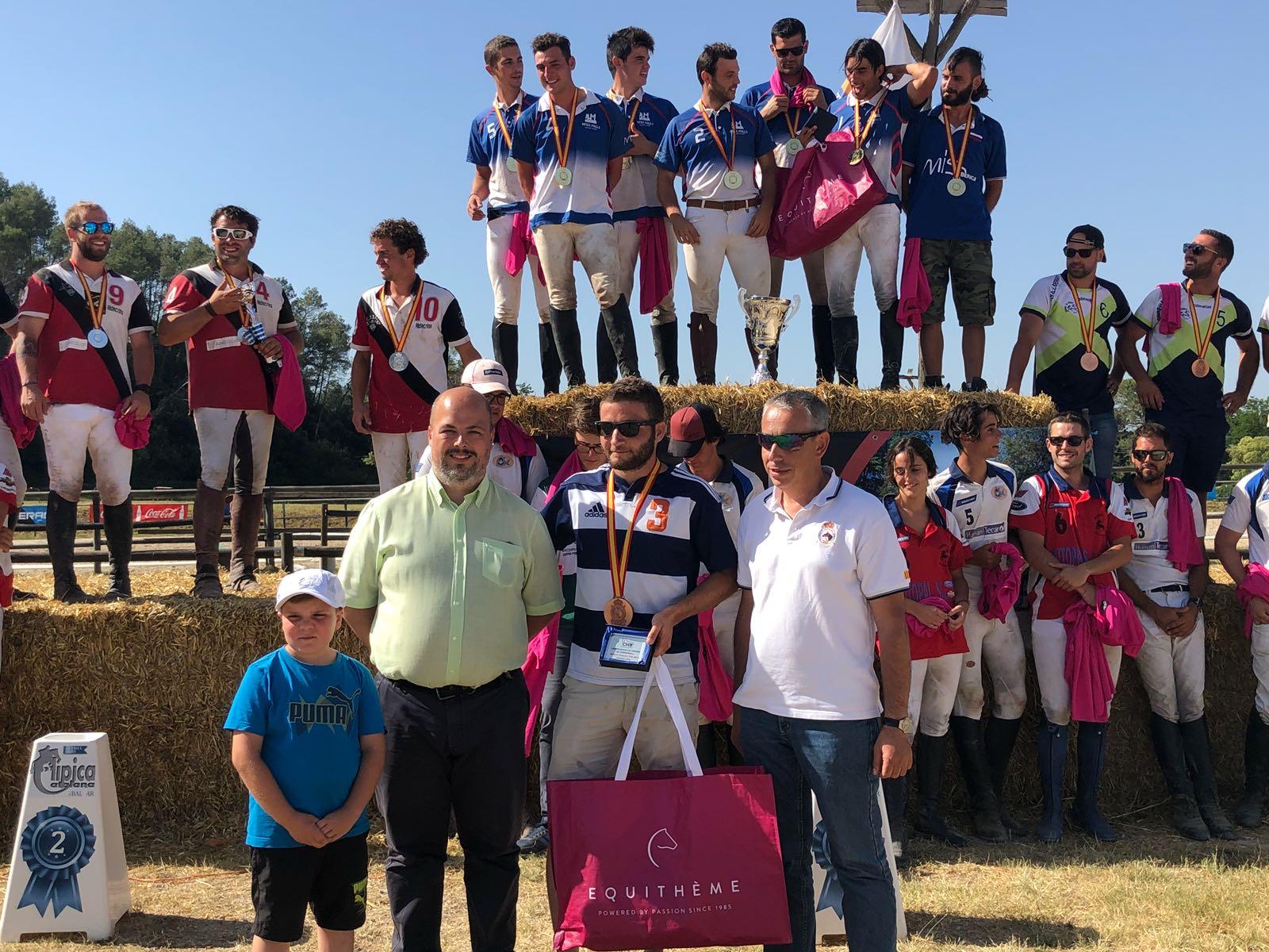 PODIUM HORSEBALL 18